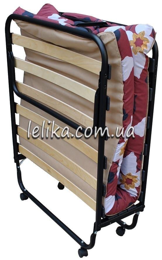 Раскладушка с деревянными ламелями и матрасом